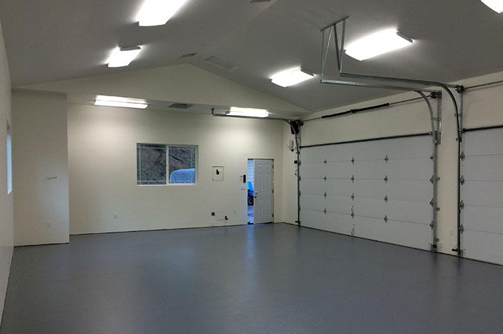 New Garage Dew Hiersoux Construction Inc